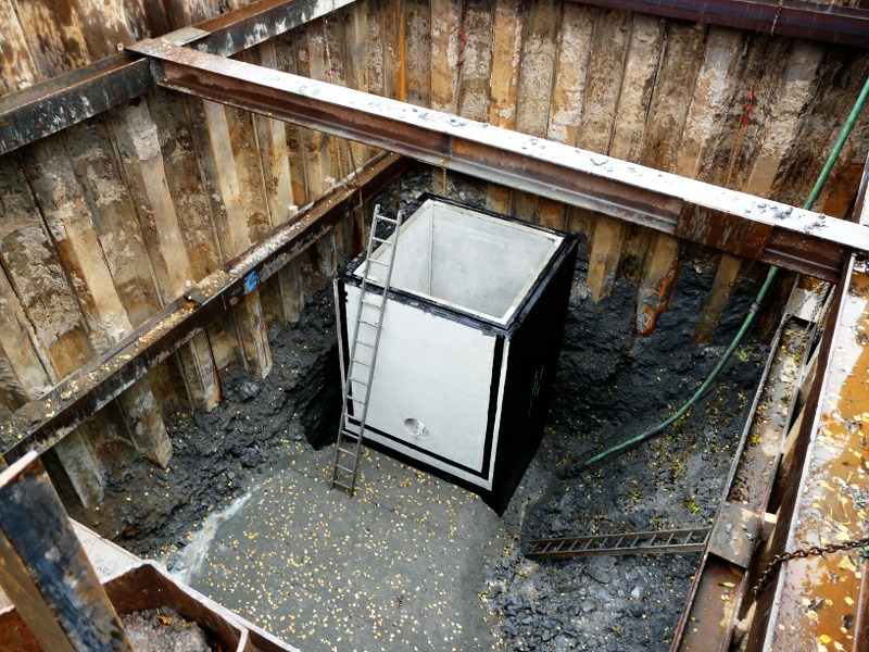 Schachtbauwerk, Entlastungsanlage, Betonschacht