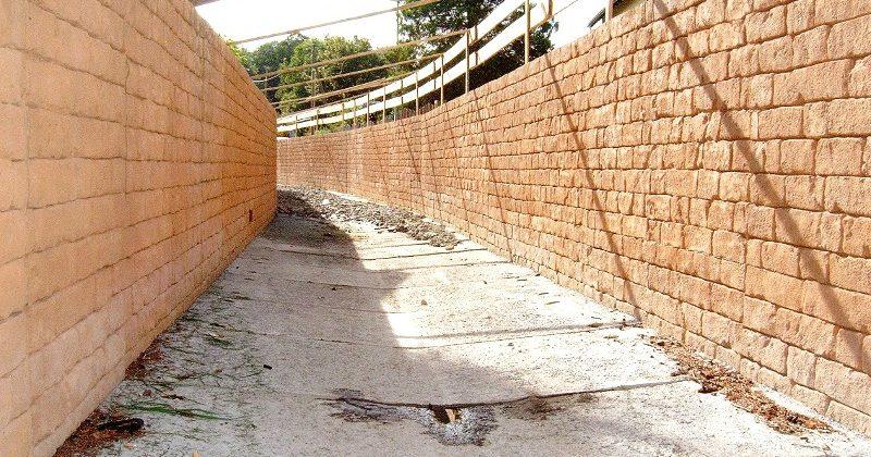 Kanalbauwerk, Struckturmauer, Betonfertigteil, U-Profil