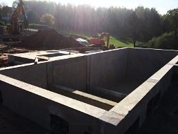 Stahlbetonfertigteil, Trennbauwerk